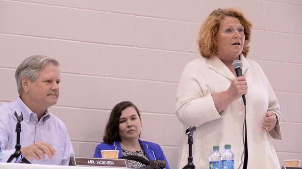 Senators & Megan DesCamps_DJN4414