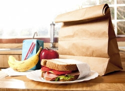 brown-bag-lunch-blunders-packing-on-pounds